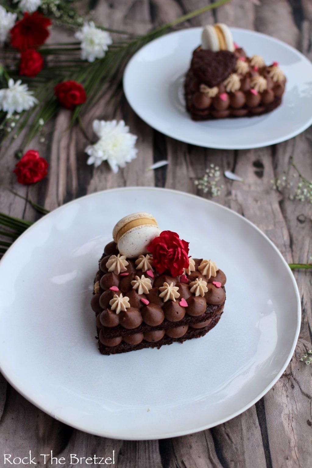 Dacquoise Herz mit Schokolade und Carambar Ganache – Rock the Bretzel  – (BASE) DACQUOISE