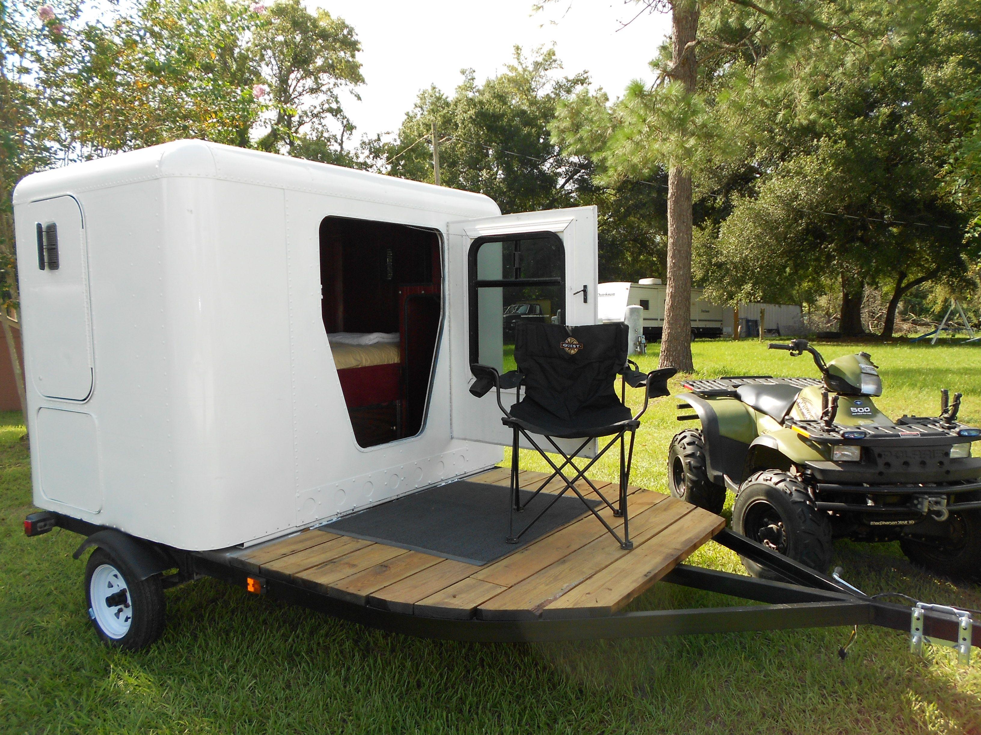 Novel Little Camper Toy Hauler Mancave On Wheels Out Of A 1983 Freightliner Sleeper Cab Diy Camper Trailer Enclosed Trailer Camper Camping Trailer