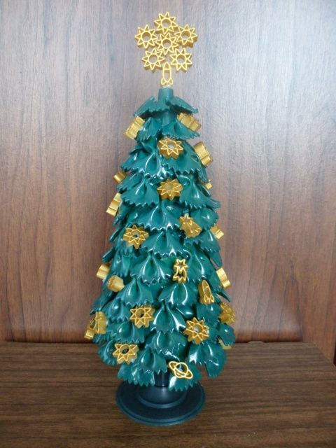 Diy Tabletop Tree Christmas Gold Ornaments Ribbons Christmas Crafts Kids Ornaments Alternative Christmas Tree Kid Friendly Crafts