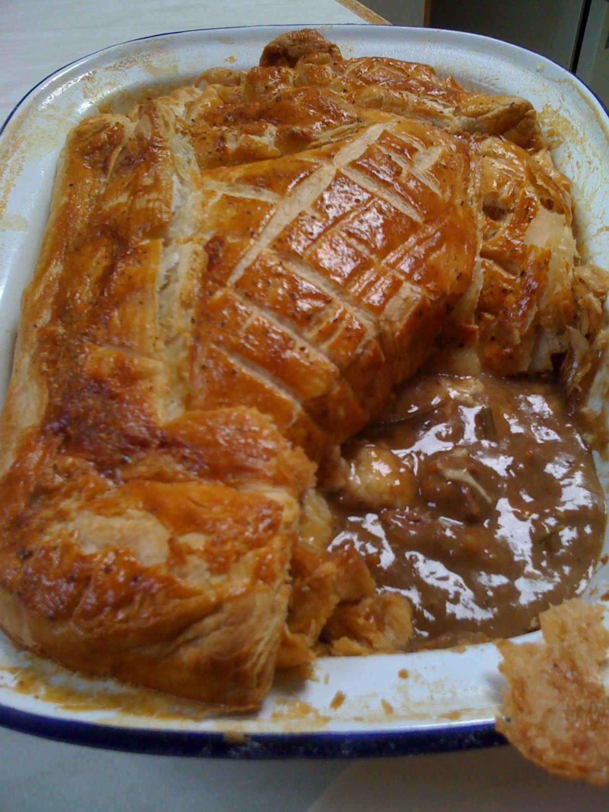Jamie Oliver's Steak, Guinness and Cheddar Cheese pie ...