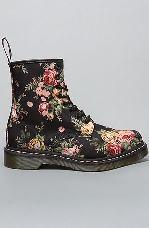 Doc martens flower boot been craaaving a pair of docs since middle doc martens flower boot been craaaving a pair of docs since middle school white or wine one day my dreams will come true mightylinksfo