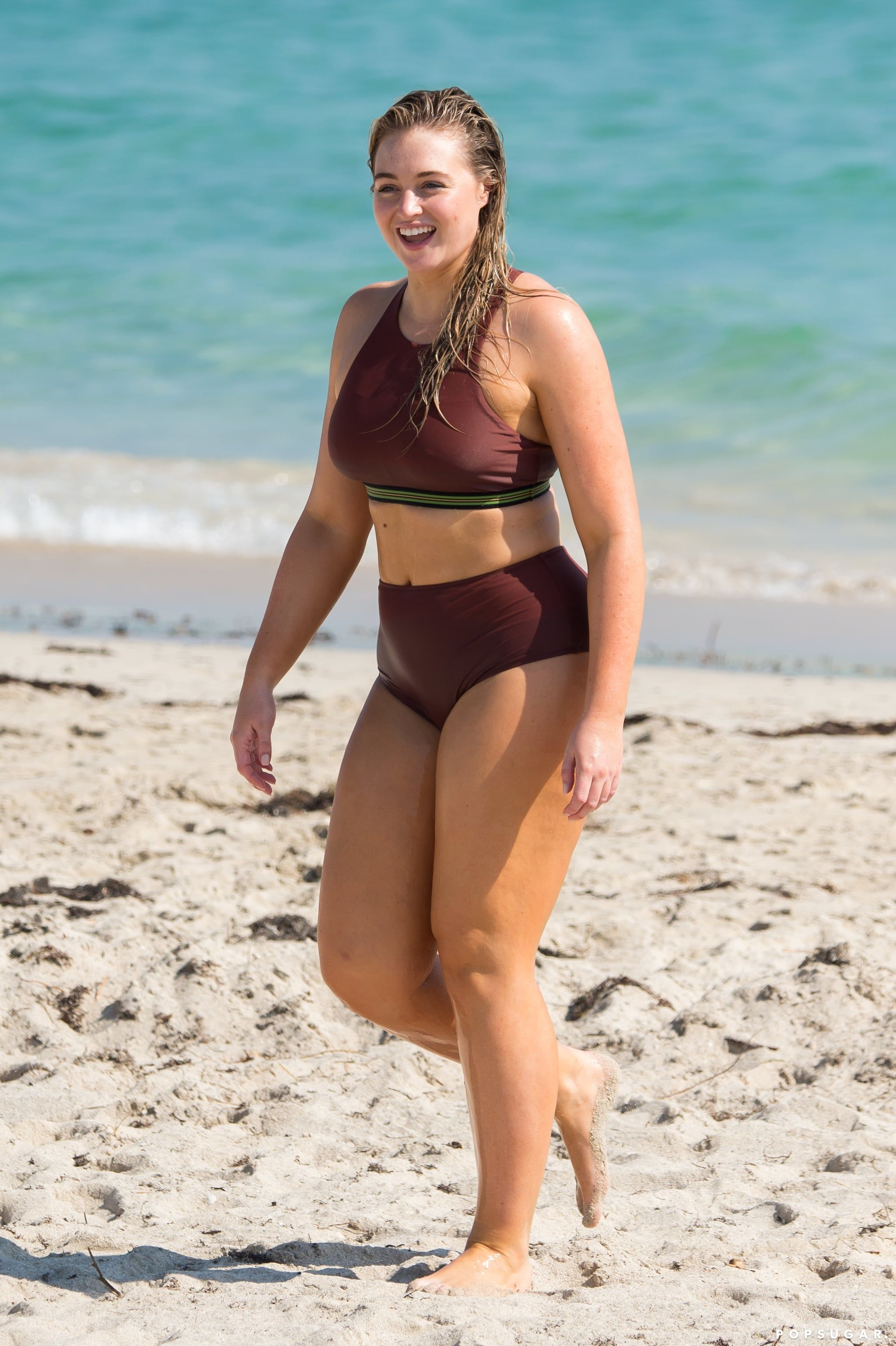 5ff5e2c22f Iskra Lawrence s Playful Beach Day Is Just What the Doctor Ordered to Cure  Your Winter Blues