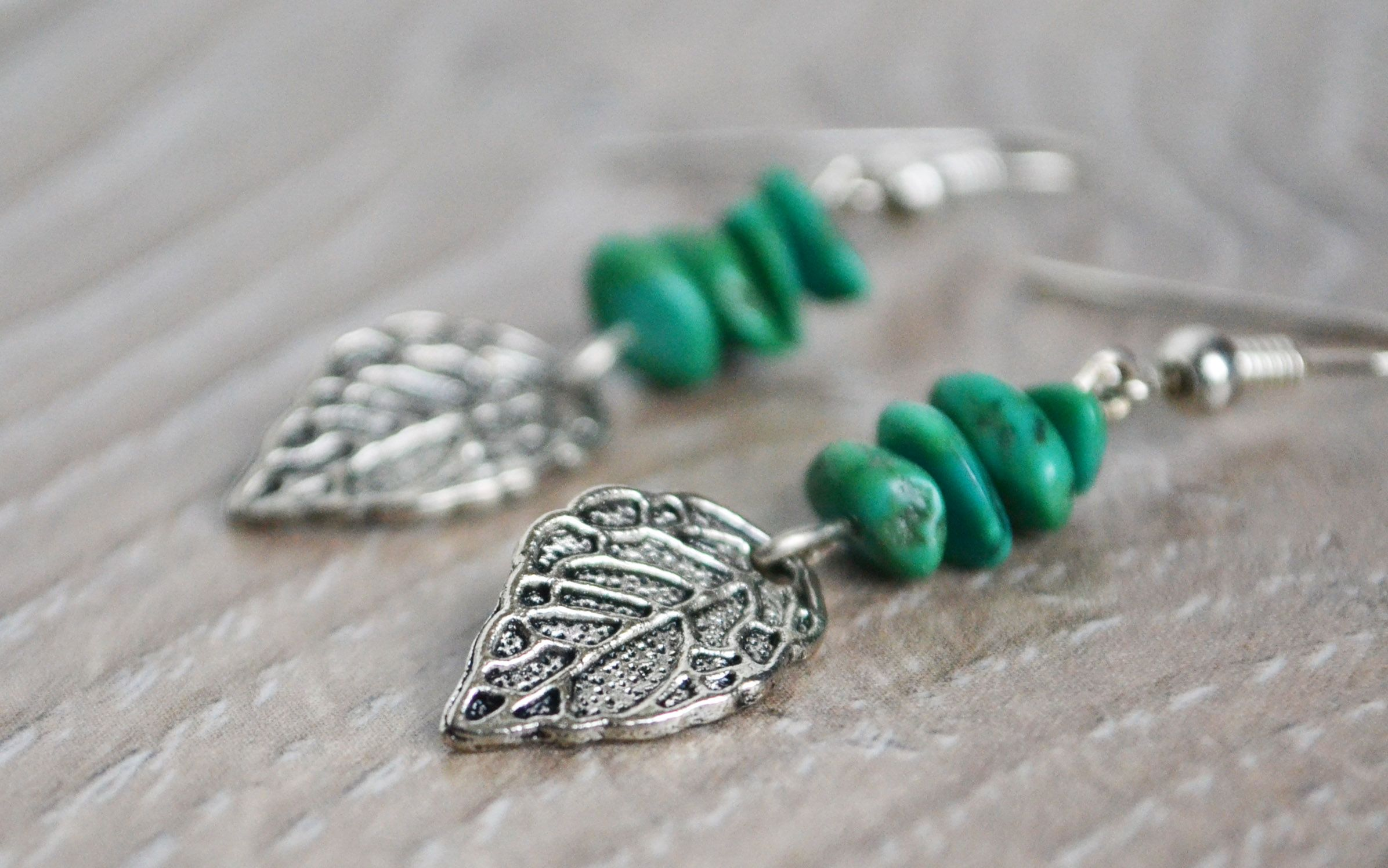 Turquoise And Leaf Charm Earrings Size 2cm X 100 Total Length 1 75