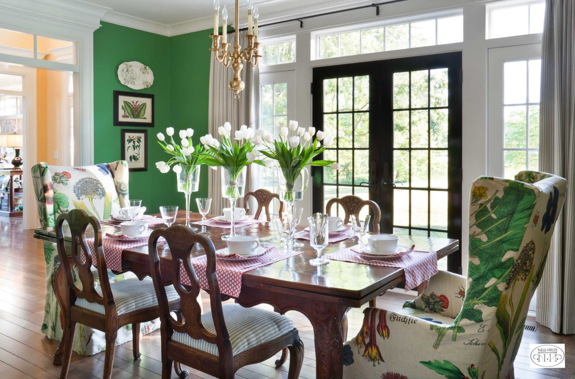 Dining Spaces Are Perfect For Bold Colors It Adds To The Drama