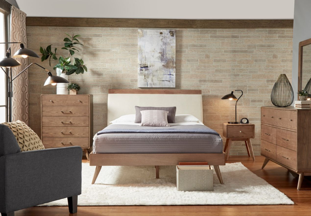 Mid century modern bedroom with furniture - Home Decorating Trends
