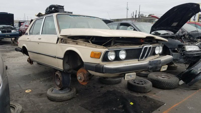 This oncepowerful E12 BWM 5Series now rusts as a