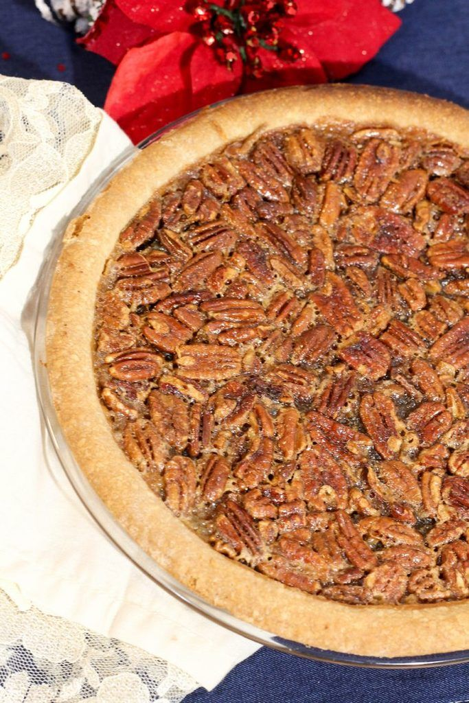 This traditional pecan pie recipe is the perfect end to your Christmas dinner! Check out all our Christmas recipes for an amazing meal!