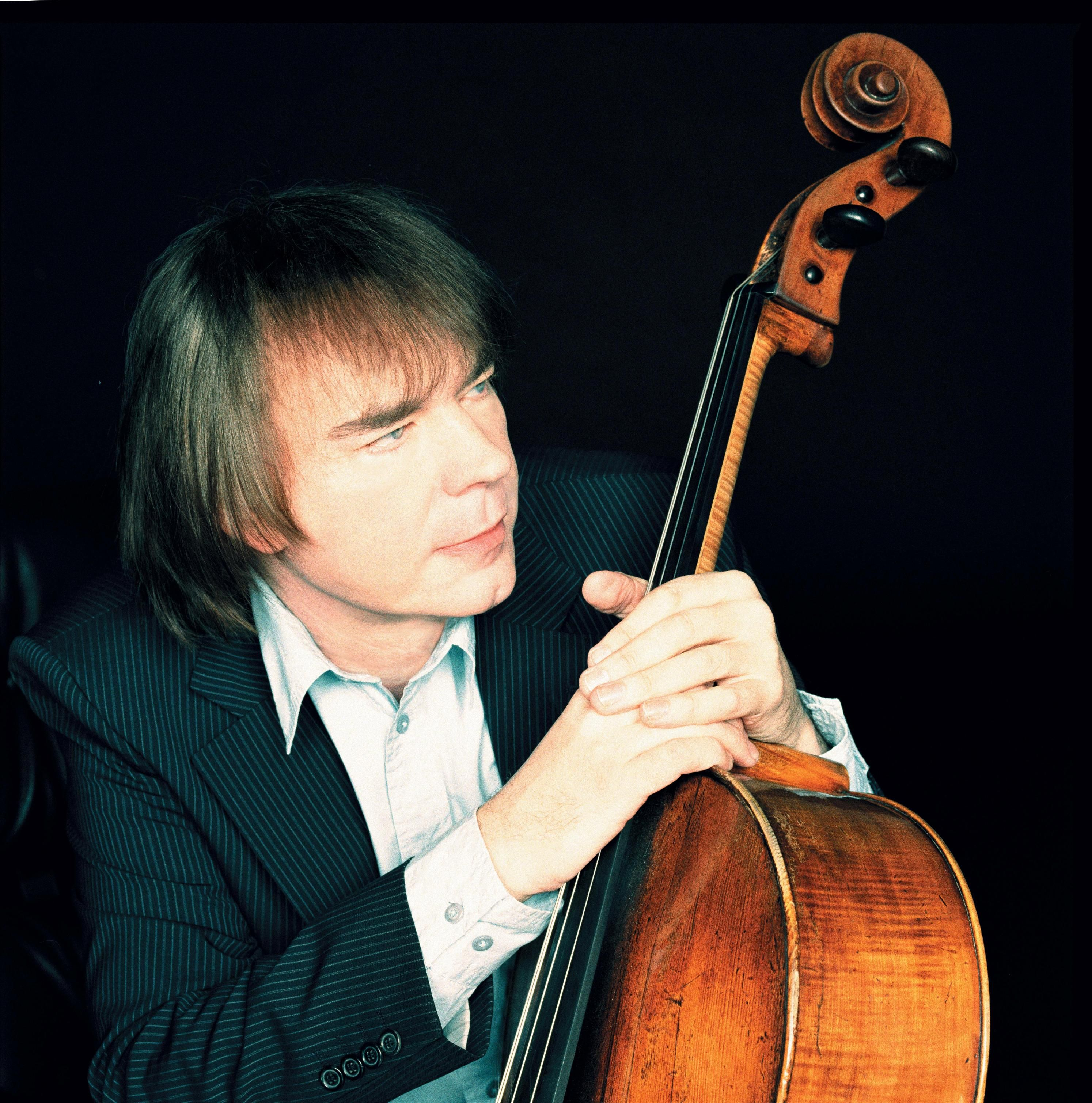Breaking Julian Lloyd Webber Is Forced To Give Up Playing