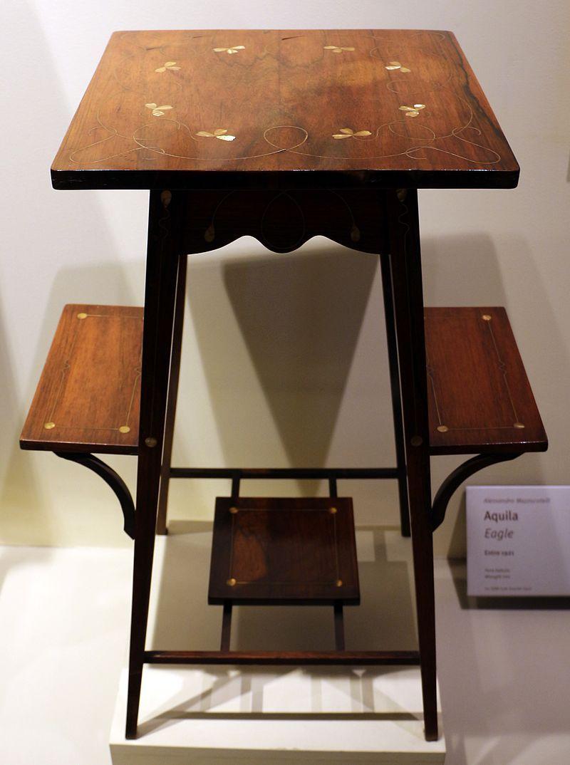 Carlo zen, tavolino con mensole, 1902 circa - Art Nouveau