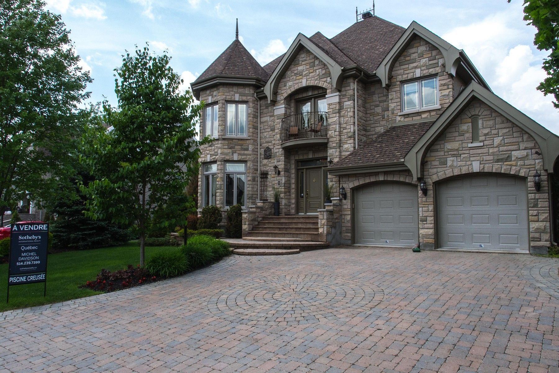 J7b1x5 Blainville Quebec Canada Luxury Real Estate And Homes For Sales Luxury Real Estate Luxury Homes Estate Homes