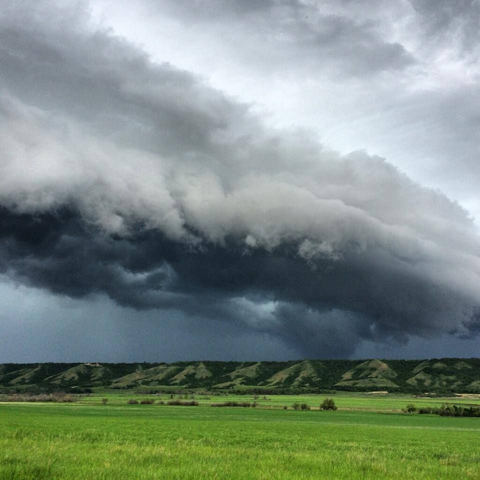 look at this beautiful wall cloud shot taken by reed on wall cloud id=22423