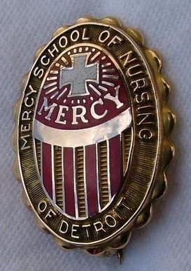 Mercy School Of Nursing >> Mercy Hospital School Of Nursing Graduation Pin Detroit
