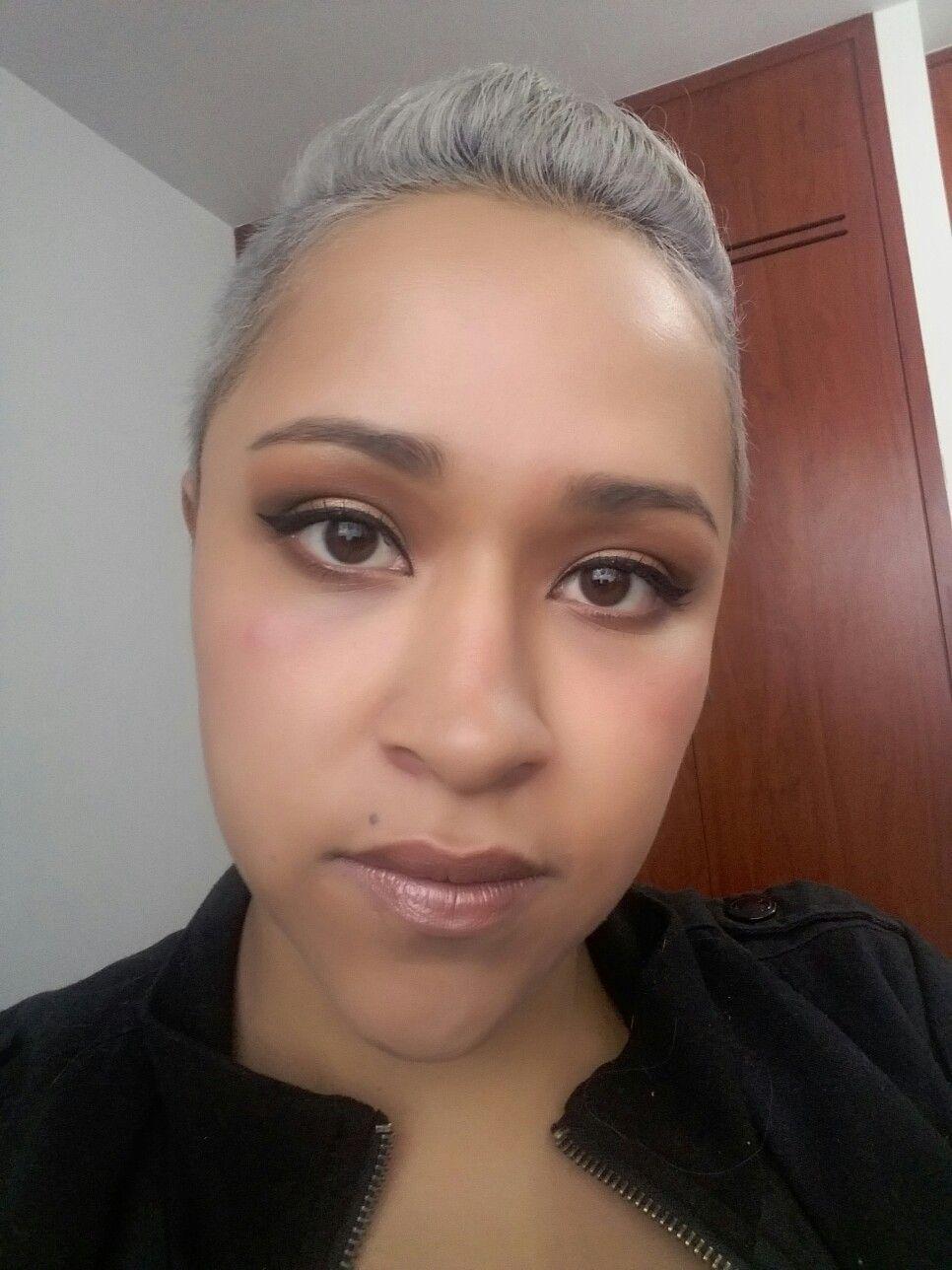 Make Up - Brown