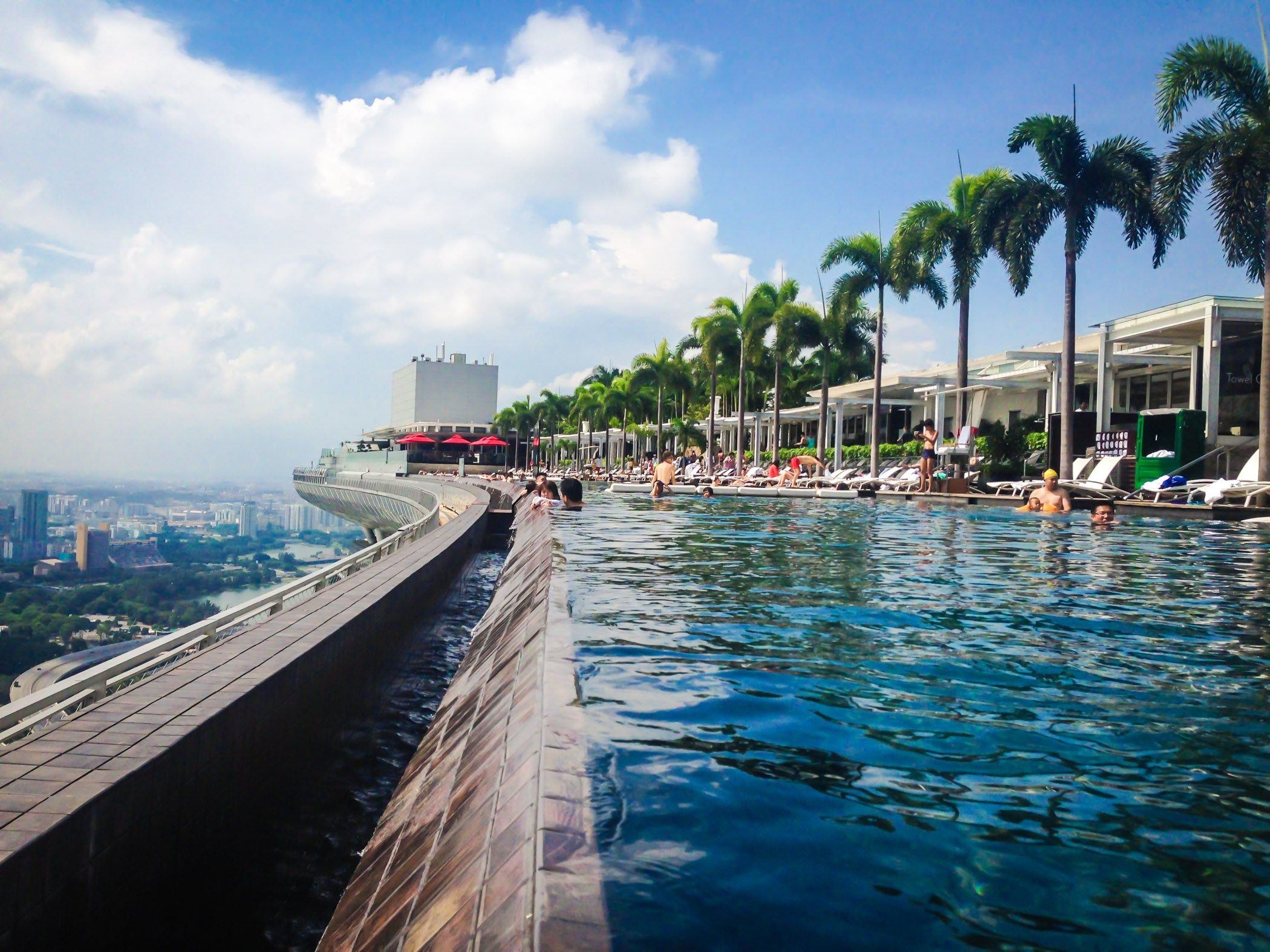 The Infinity Pool To Beat All Infinity Pools At Marina Bay Sands In Singapore Global Gal