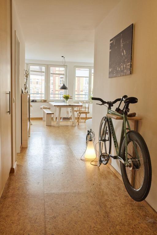 Perfekt platzsparende Einrichtungsidee für den Flur Flur mit - lampen fürs wohnzimmer