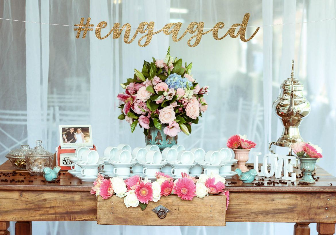how to plan an engagement party | engagement and wedding
