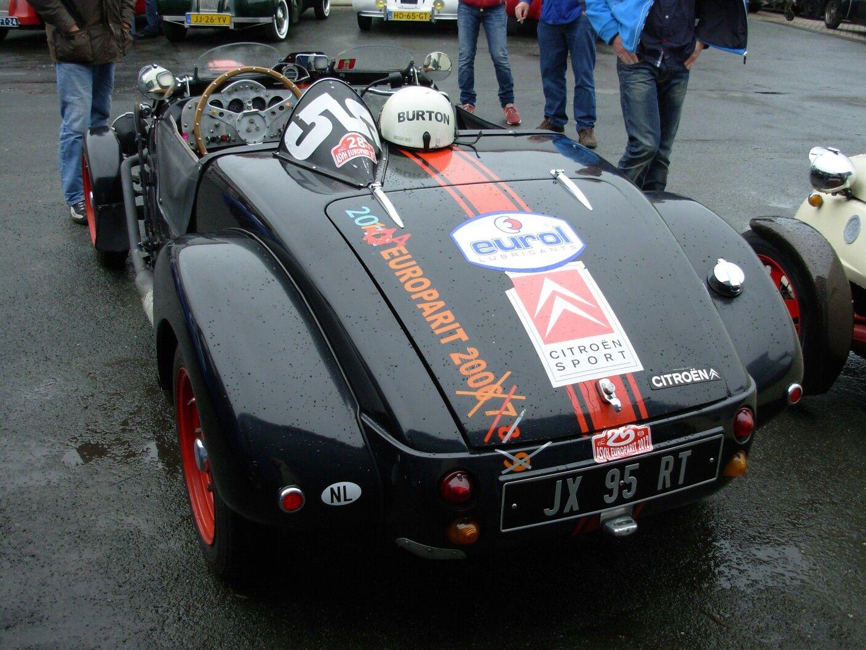 Burton racer
