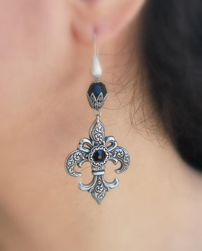 Fleur De Lis Gothic Victorian Renaissance Steampunk Medieval Earrings Silver NEW