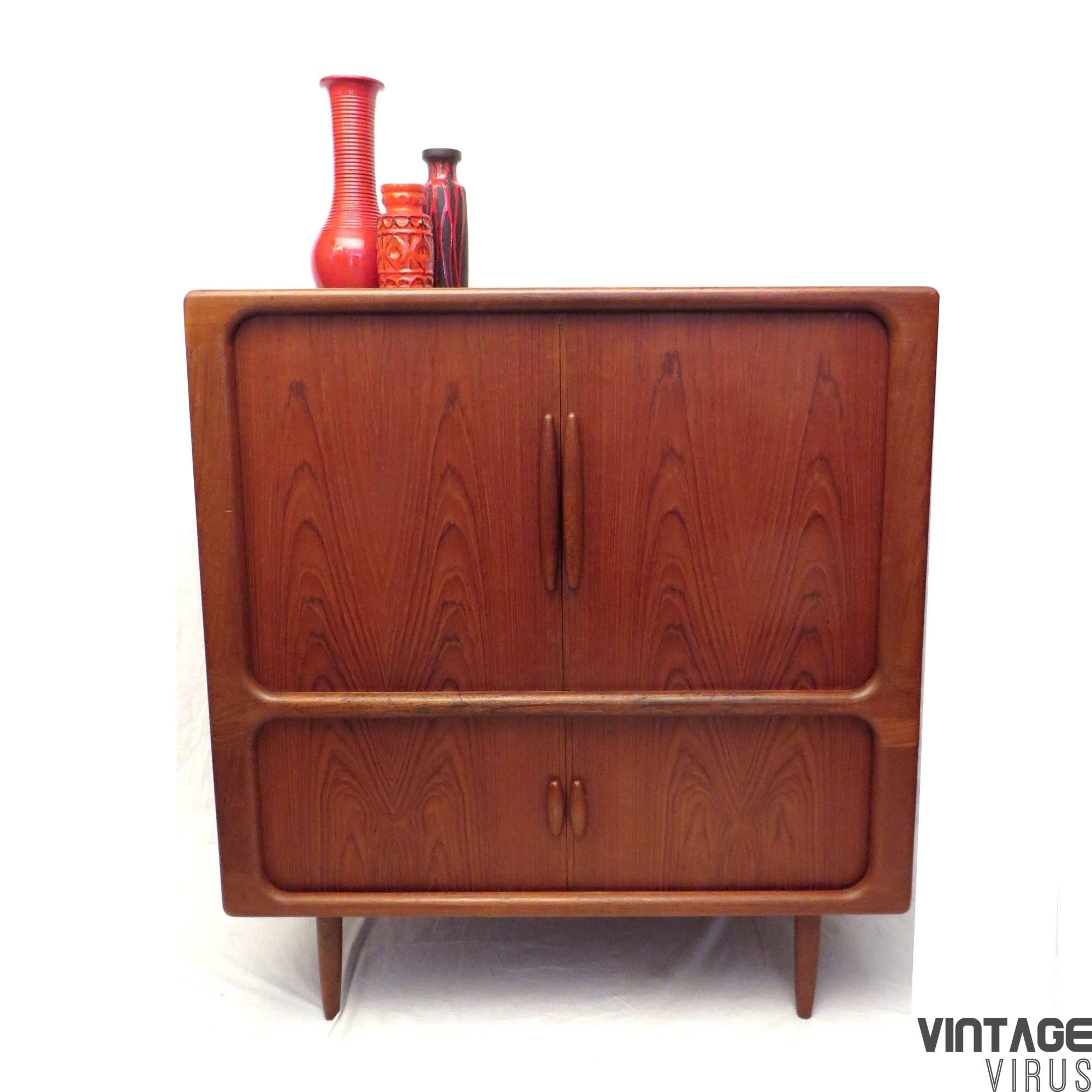 Grote Vintage Deens Design Dressoirkast Televisiemeubel
