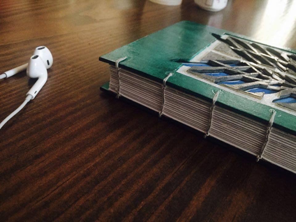 Cuaderno cosido a mano #alas.de.libertad #shingekinokyojin