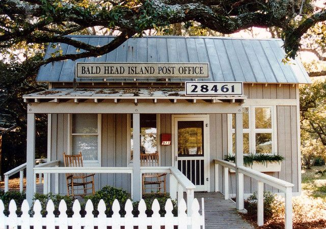 I Know It S The Post Office On Bald Head Island But A Great Little Cottage Design As Well