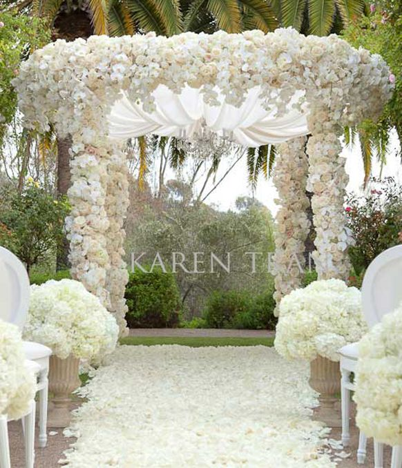 Wedding Altar Ideas Indoors: Luxury Glamorous Indoor Wedding-Ceremony Arch Decorations