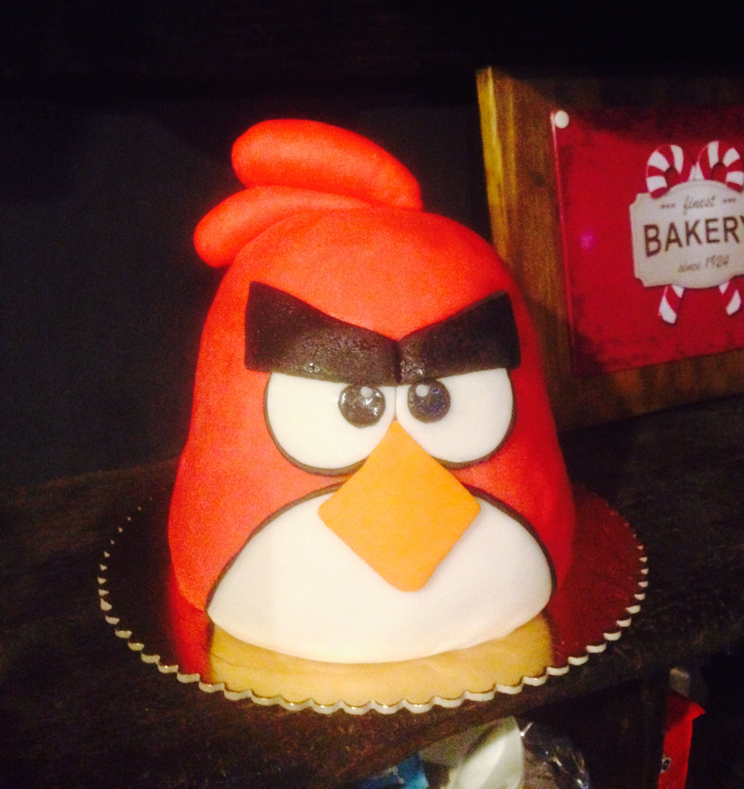 Easy Angry bird cake out of a Pandoro cake Angry Board