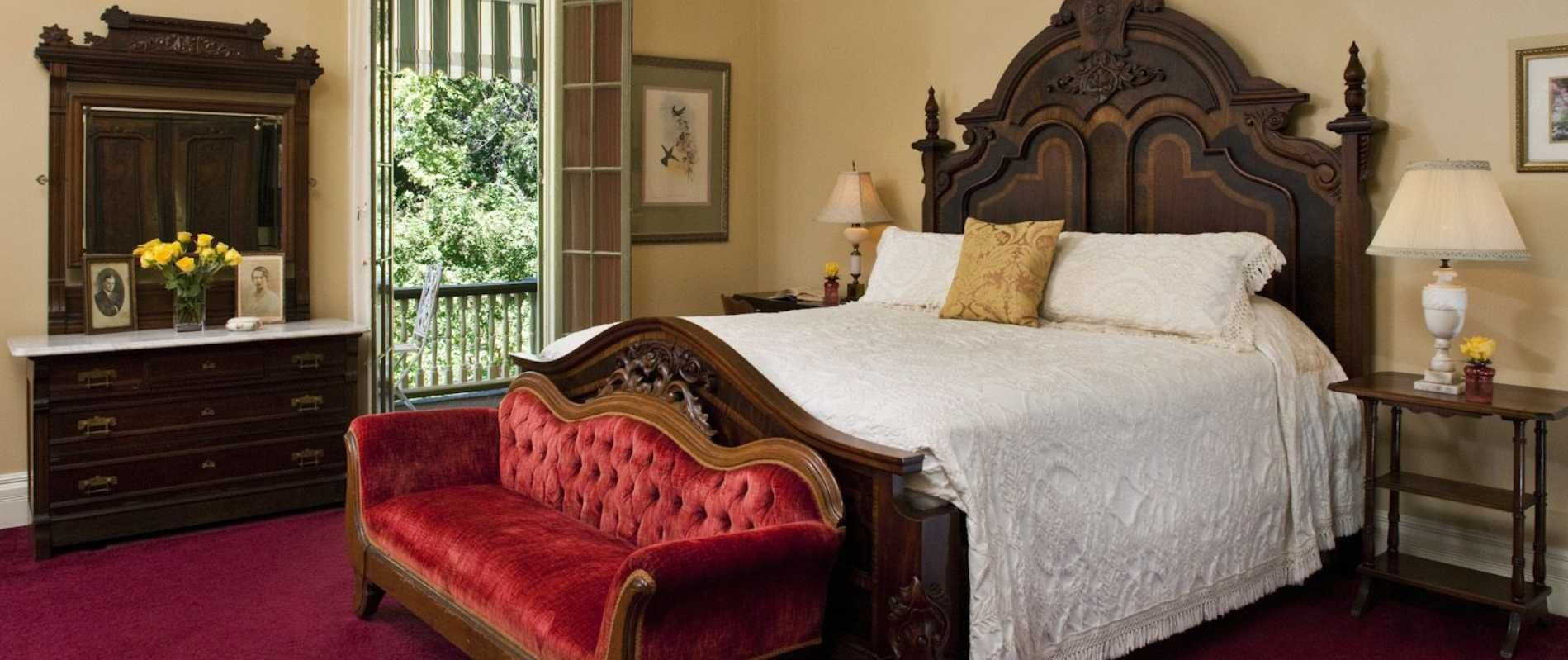 Pin by Lydia Smith on MISSISSIPPI Maine house, Bed