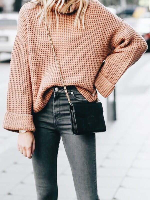 c9d08b6659cc Pin by Ladylike Charm on Classy & Elegant Fashion in 2019   Fashion, Winter  outfits, Oversized sweater outfit