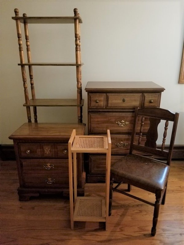 Item 15 Maple bedroom furniture and other items