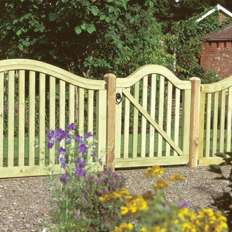 puerta jardín valla madera Jardín Pinterest