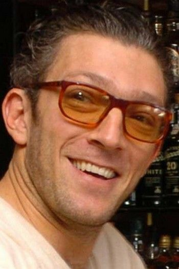 0a997c4112 Vincent CASSEL | Peoples à lunettes | Maurice