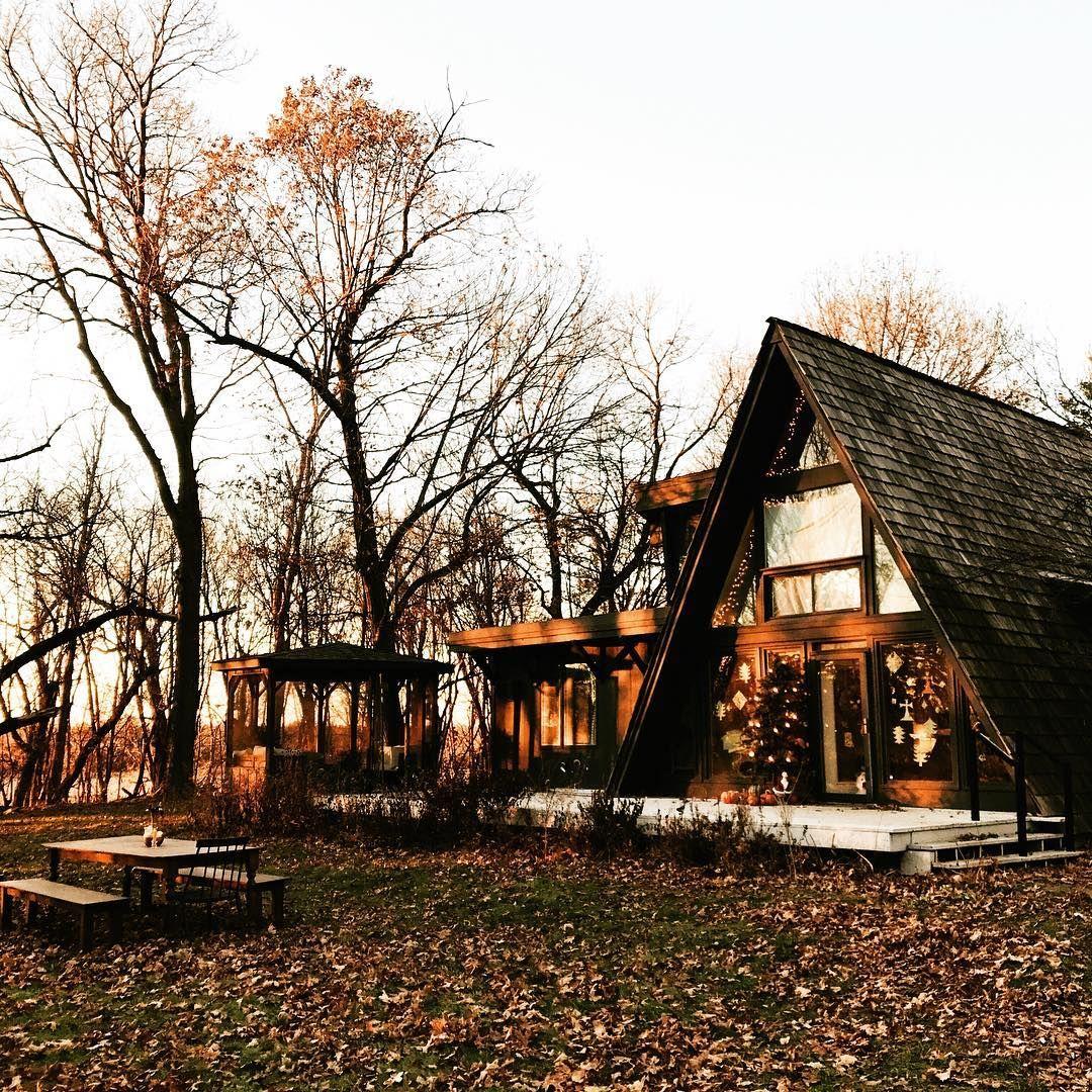 Late autumn light foxmeetsbear caba as rusticas casas for Modelos de cabanas rusticas
