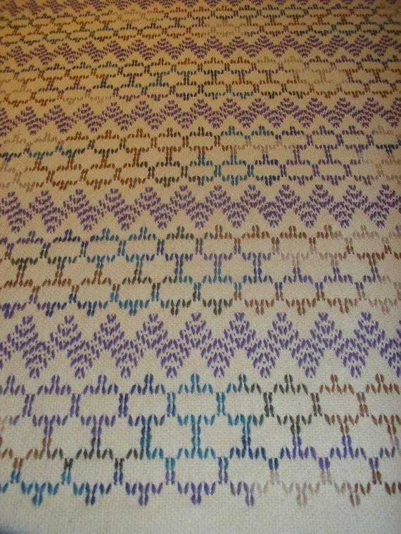Artículos similares a Sueco amarillo suave tejido manta en Etsy ...