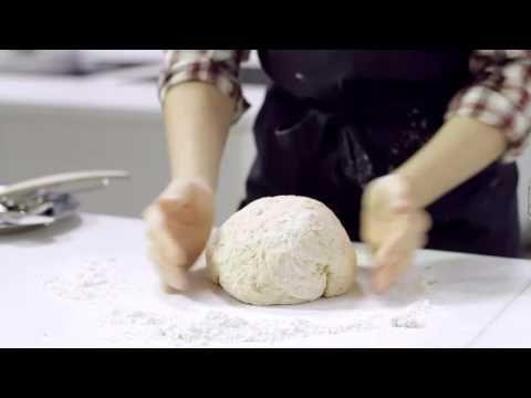 Frå korn til brød ca 1950 , Ål i Hallingdal - YouTube flatbrødbakst