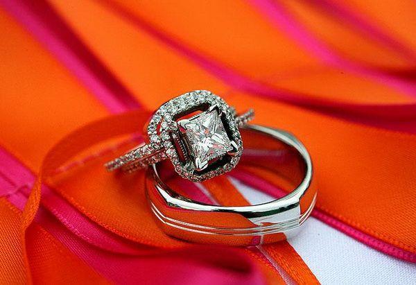 Stylish Eve Wedding Guide Ring Sets Decoration