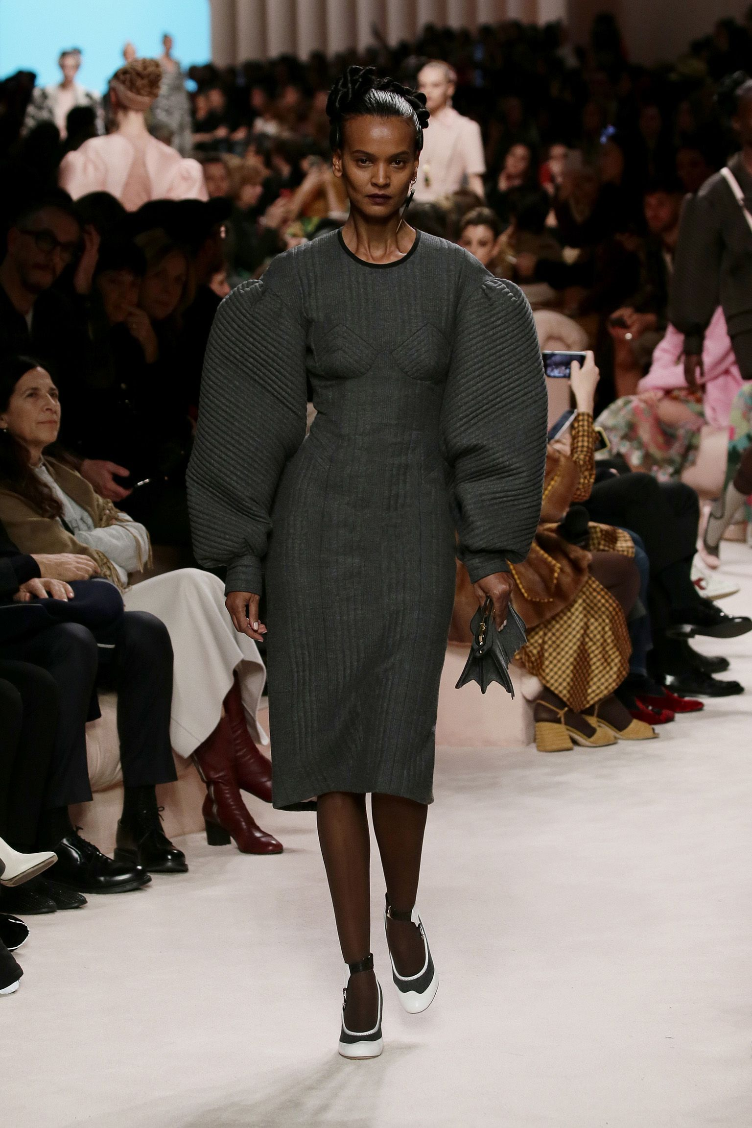 Women S Fall Winter 2020 21 Fashion Show Creative Director Silvia Venturini Fendi In 2020 Fashion Fendi Womens Fall