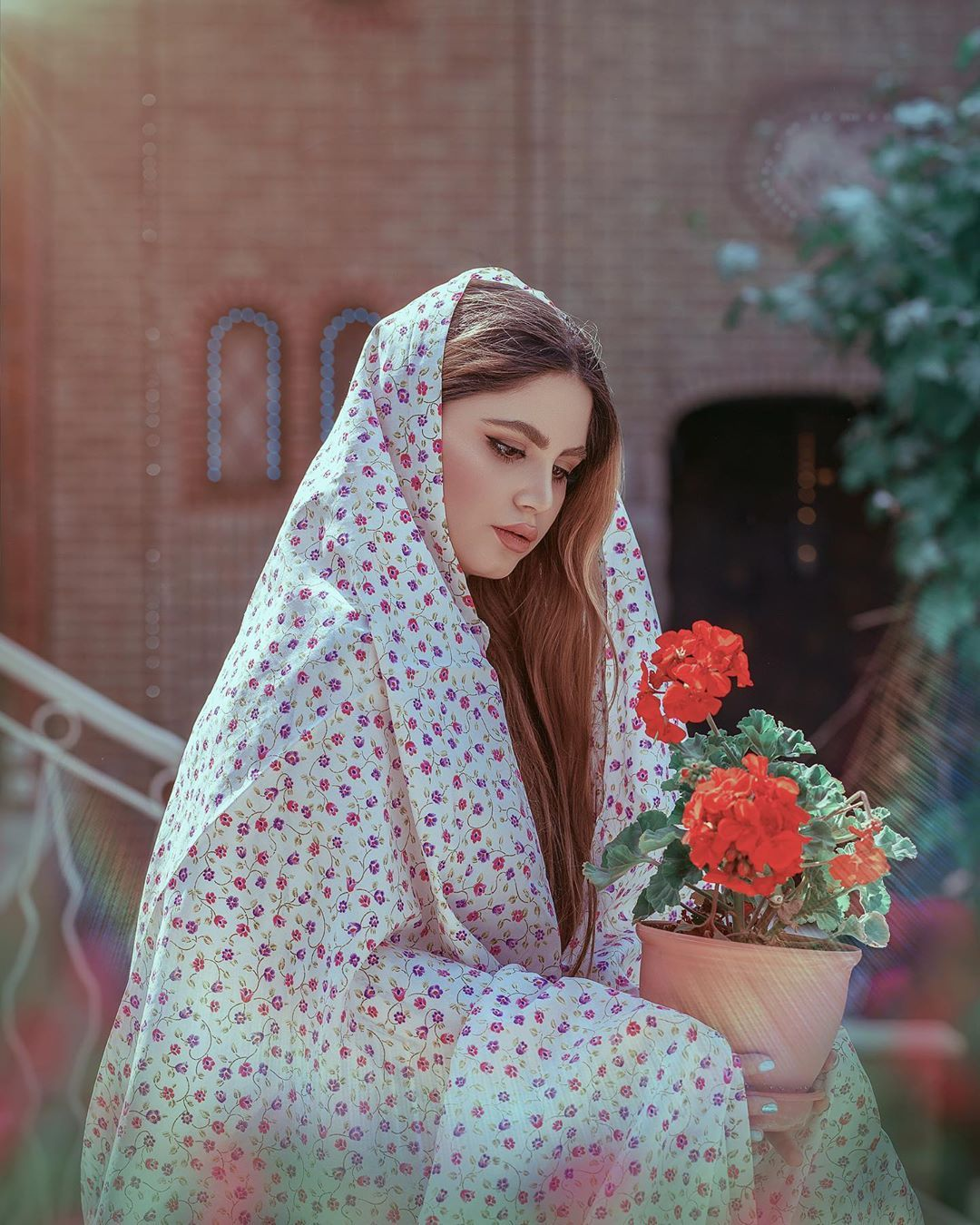 Image May Contain 1 Person Outdoor Iranian Women Fashion Iranian Beauty Persian Fashion