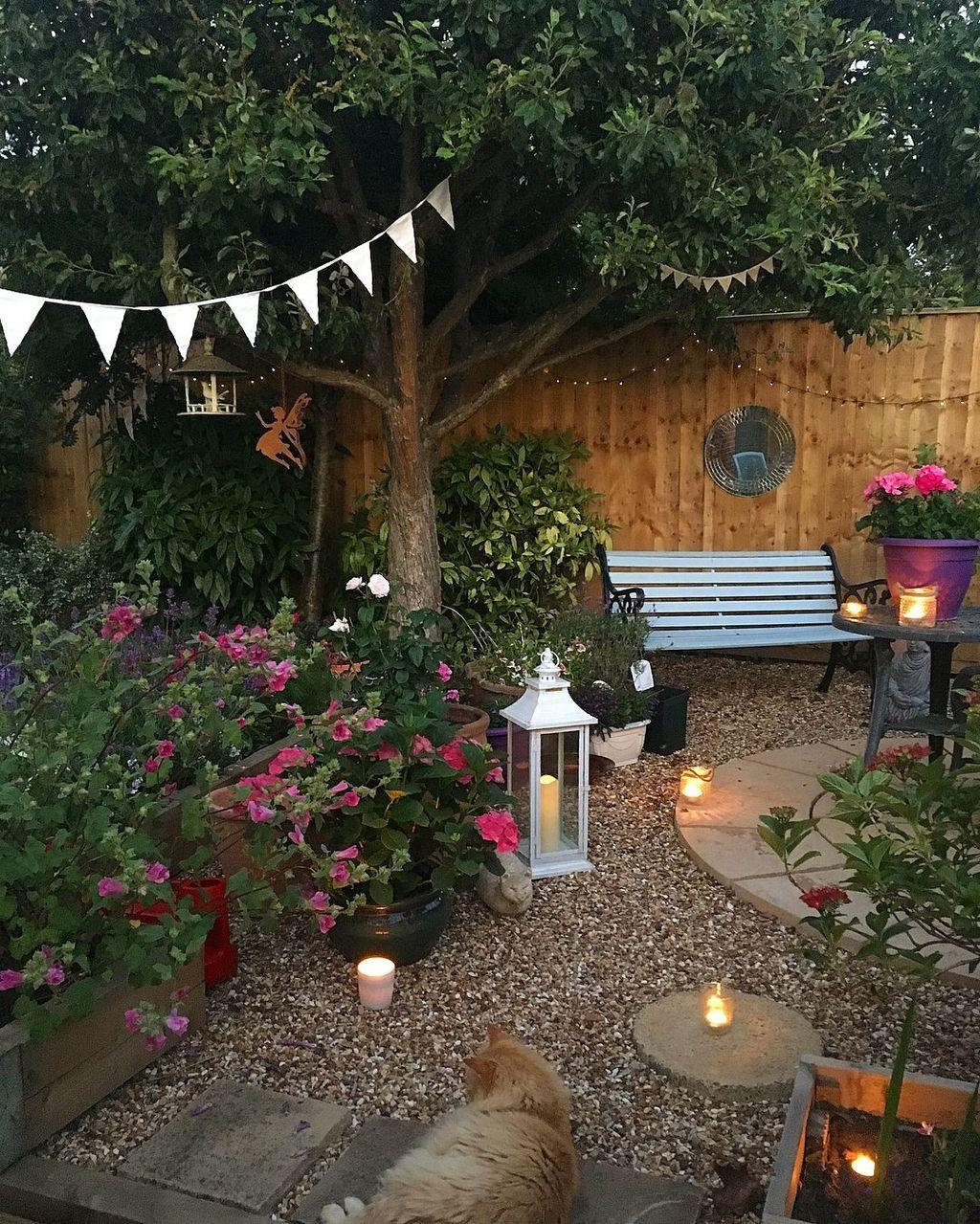 inspiring small courtyard garden