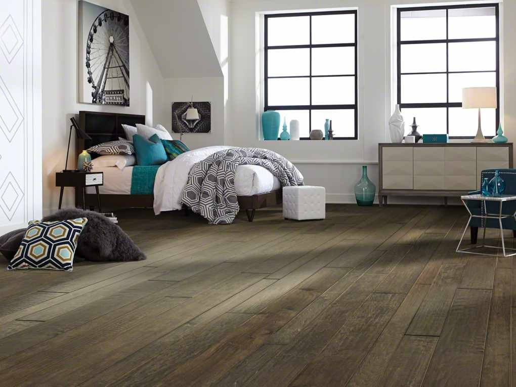 shaw yukon maple mixed width sw549 timberwolf hardwood flooring brings beauty and strength to any