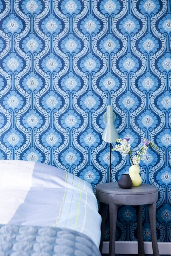 blue patterned wallpaper all things blue the caroline style