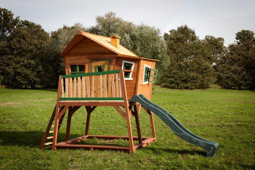 kinder holz spielhaus axi max comic kinderspielhaus auf stelzen rutsche axi spielhaus max. Black Bedroom Furniture Sets. Home Design Ideas