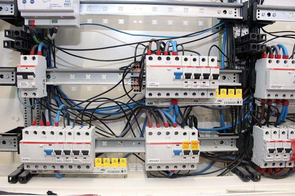 Pin Von Alex Sal Auf Home Electricity Elektroinstallation Aderendhulsen Hutschiene