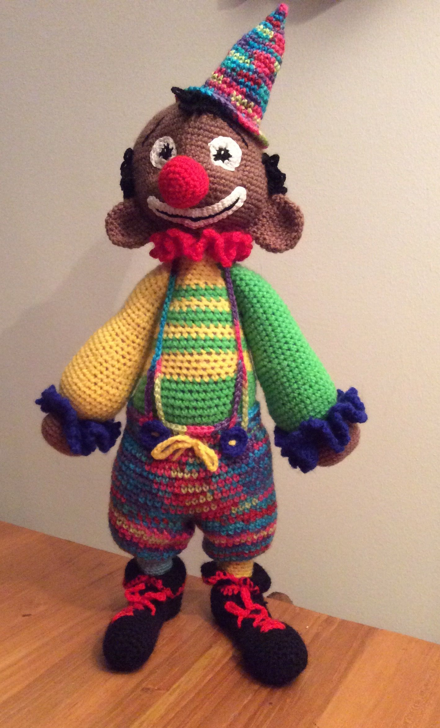 Clown Jasper, woont nu bij Yvonne. | Knuffels haken en meer ...