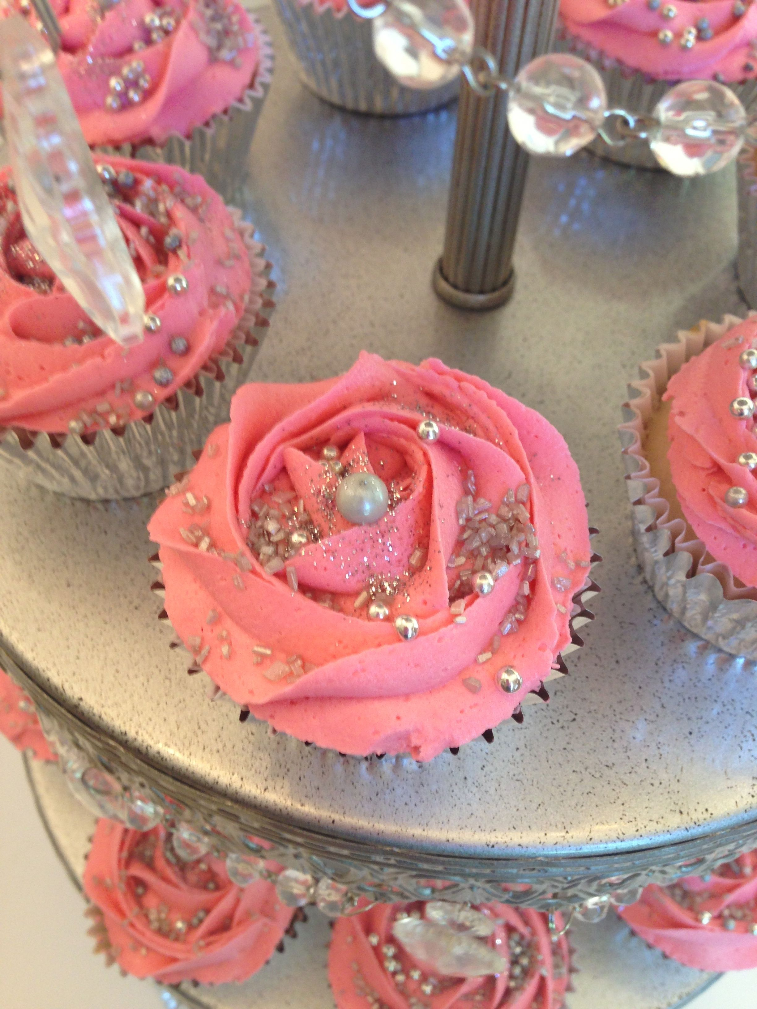 Pink Amp Silver Cupcakes For A Sweet 16th Birthday Bash
