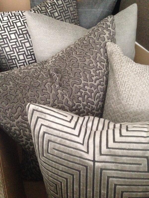 pillows decorative pillows