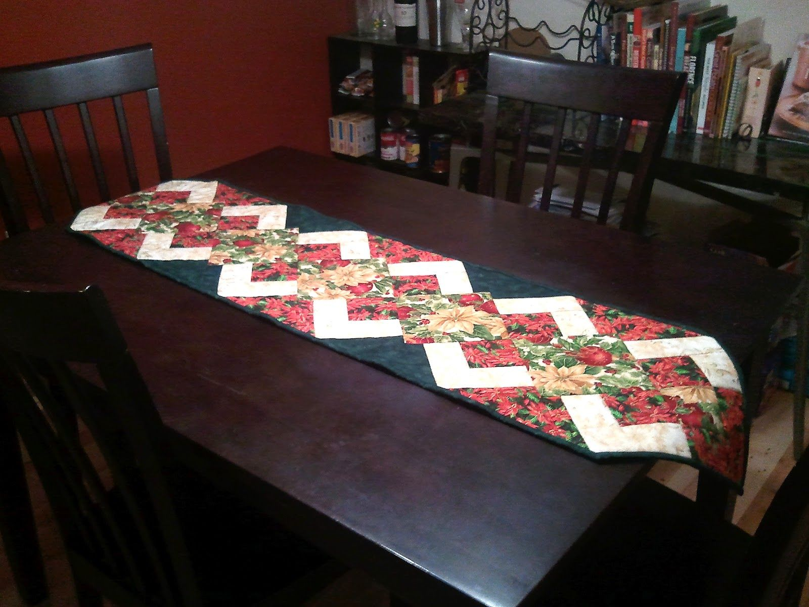 Christmas Table Runner Patterns Free | The Recipe Bunny: Christmas ... : christmas quilting patterns table runners - Adamdwight.com