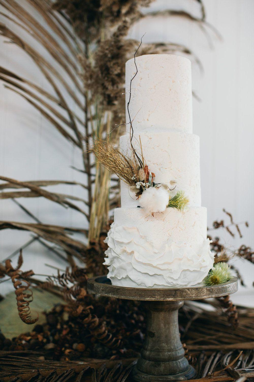 Autumn Australia Wedding Inspiration with Dried Palms
