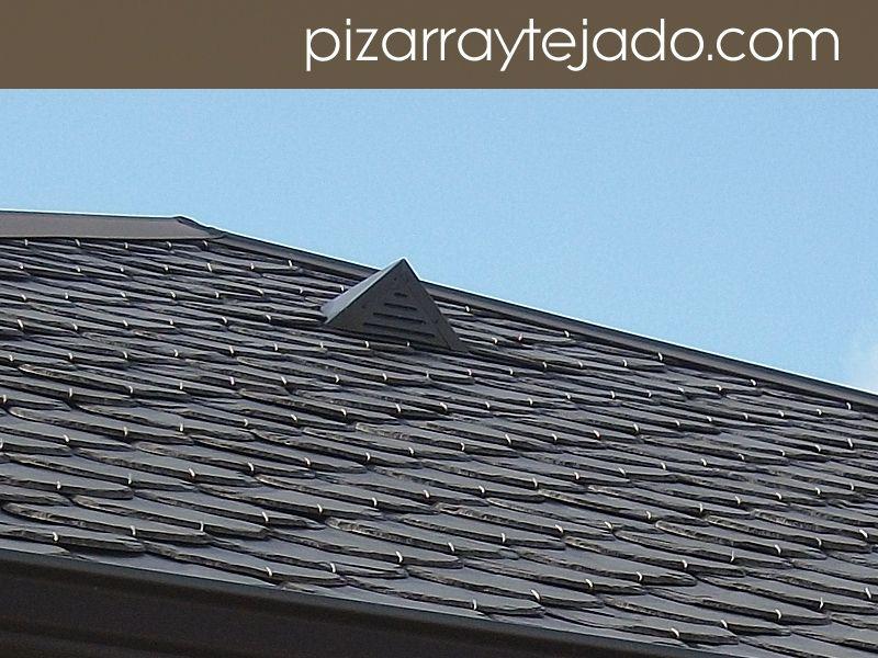 Foto de pizarra para tejado. Detalle de beata situada cerca de la cumbrera. #pizarra #pizarranatural #naturalslate #pizarra #ardoise