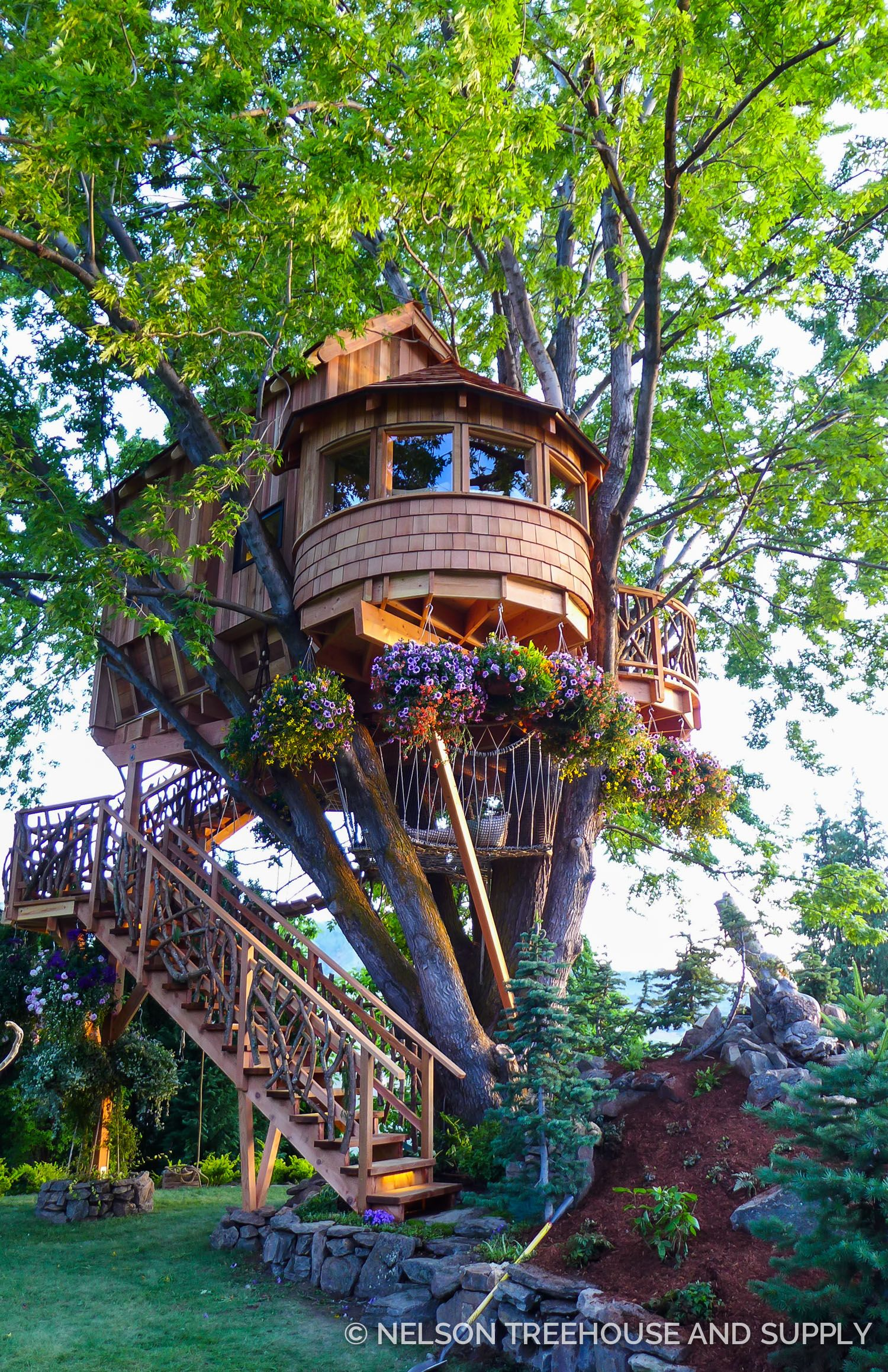 Nelson Treehouse Mindbending Maple | Artstrada Magazine | Pinterest ...